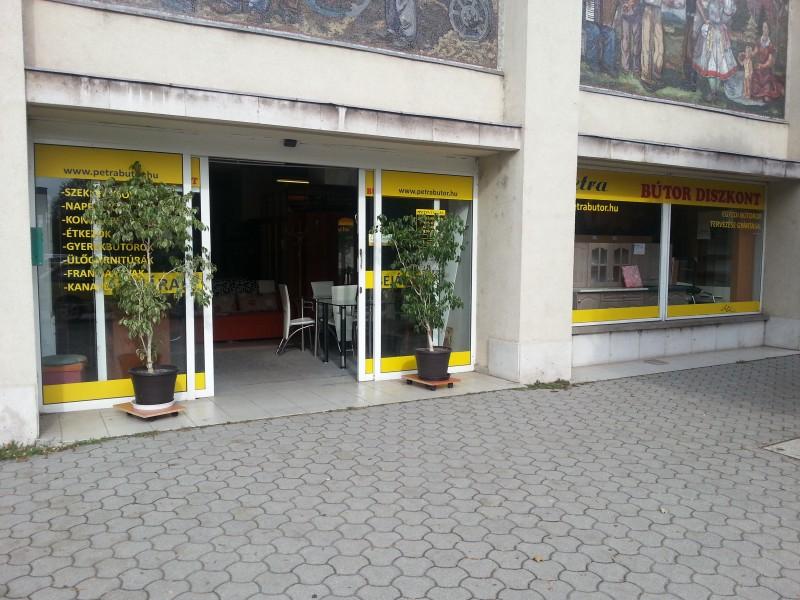 Petra-bútor-üzletek-Dunaújváros