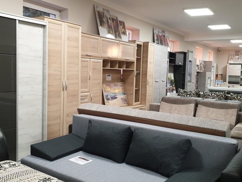 Petra-bútor-üzletek-Pápa3